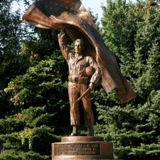 Citizen Soldier | Kane County Veterans Memorial | bronze